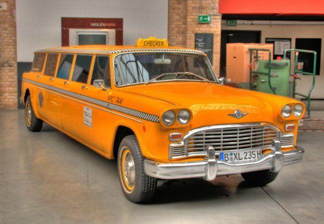 Такси Симферополь Коктебель можно заказать по телефону