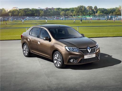 Renault Logan – доступный и практичный седан от ведущего автопроизводителя
