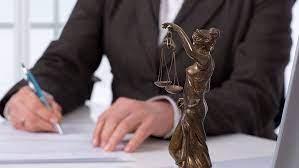 Преимущества опытного  адвоката