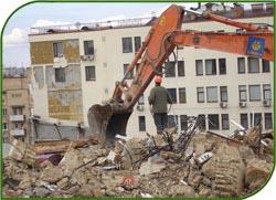 В Астрахани строители намеревались снести жилой дом, в котором находились жильцы