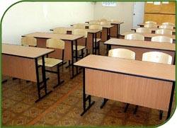 Власти Приморья планируют к началу учебного года отремонтировать 200 школ, пострадавших от циклона